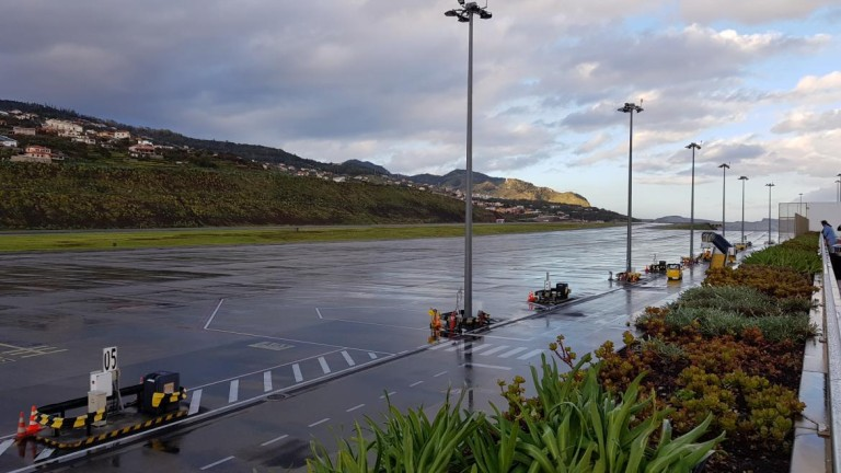 Madeira Airport - where closure would have been better constitutionally