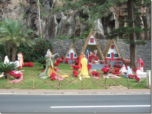 madeira news blog 0912 eiryl Xmas scenes from Camara de Lobos 2