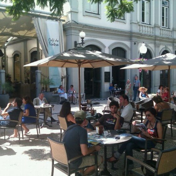 Café do Teatro existing seating