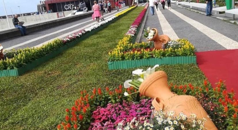 Flower Festival ends