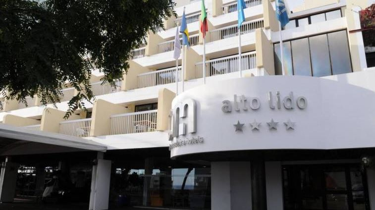 Alto Lido Hotel reopens