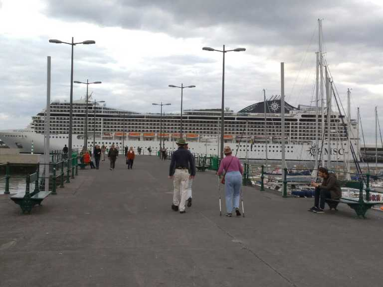 MSC Magnífica in Funchal this morning