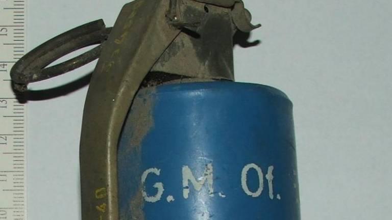 Instructional grenade found in madeira