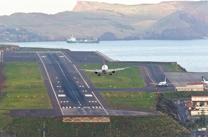 Airport wind speed has increased since 2015 • Madeira Island News