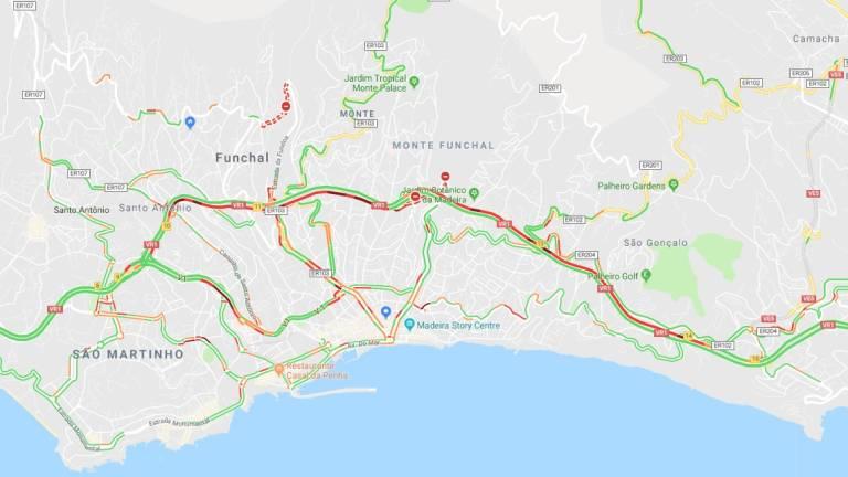 Return to school slows traffic • Madeira Island News