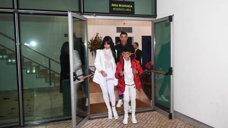 Ronaldo arriving at Madeira Airport