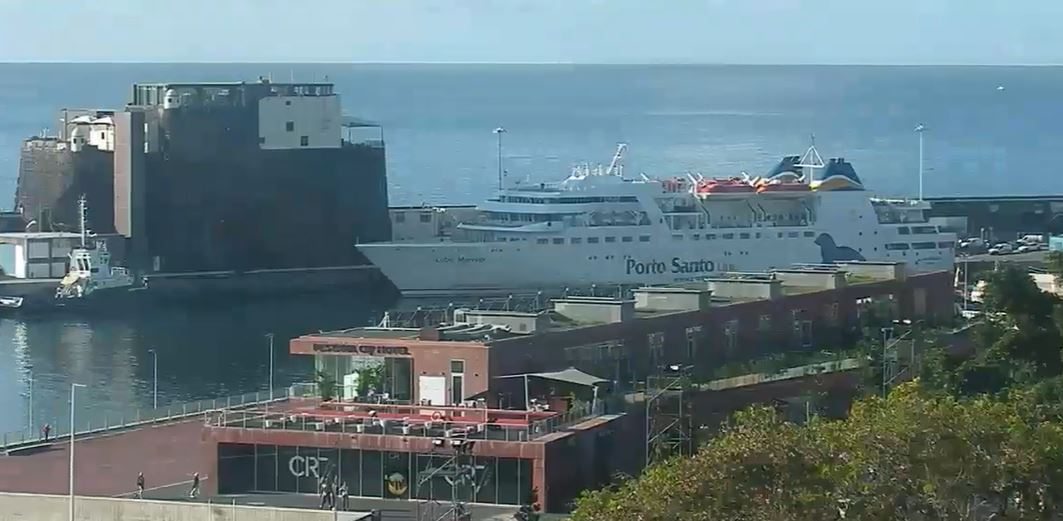 Porto Santo Ferry on the webcam this morning