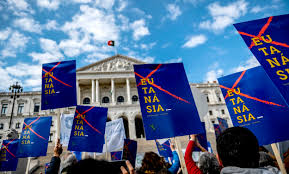 Protestors outside the Portuguese Assembly, which was voting in favour of decriminalising euthanasia